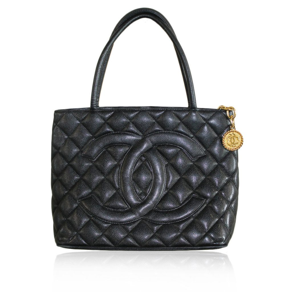 leather Chanel black caviar