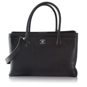 Chanel Black Caviar Medium Cerf Executive tote in Box