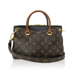 Louis Vuitton Pallas BB authentic HAndbag