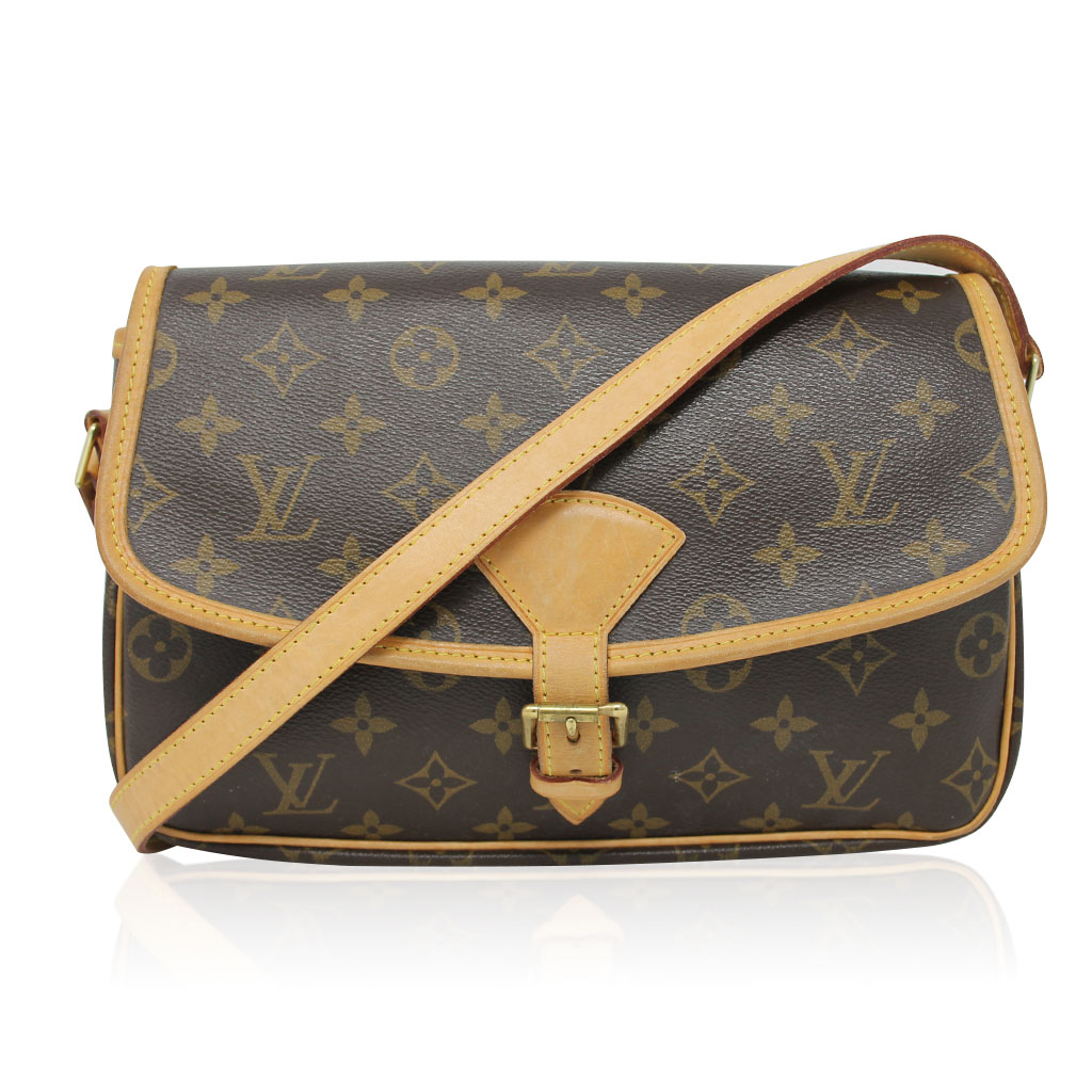 cb3ad60180ec ... Sologne Messenger Crossbody Bag with Dust Bag. South Florida Louis  Vuitton preowned
